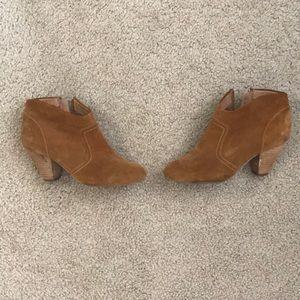 Suede Aldo Booties Size 6.5